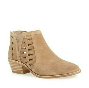 Vince Camuto Peera Ankle Booties